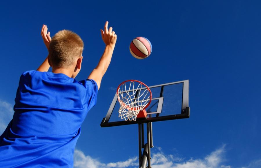 Kako po pandemiji otroke navdušiti za šport?
