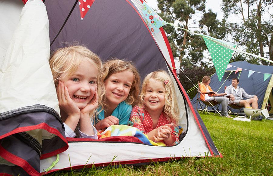 Na kaj morate biti pazljivi pri izbiri poletnih počitnic z otroki v tujini?